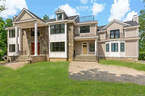 Westchester County Waterfront- Real Estate and Apartments