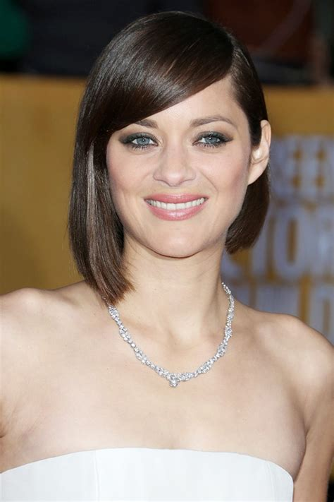 2016 Best Short Asymmetrical Haircuts from Celebrities