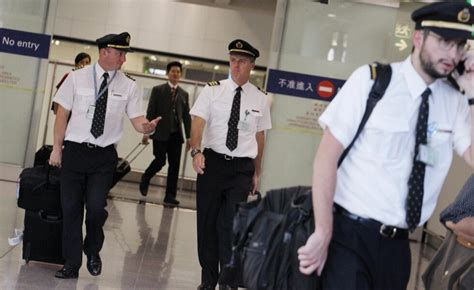 Why Are Cathay Pacific Pilots Losing Their Sight Mid