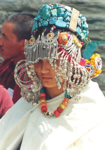 Traditional Dress of Himachal - Attire & Costumes of