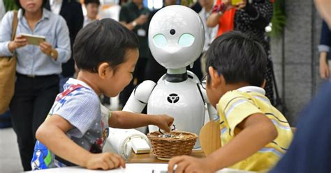 A Japanese Cafe Will Soon Use Robot Waiters Controlled By