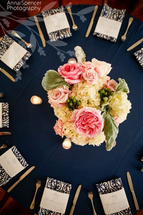 40 Navy Blue and Gold Wedding Ideas – Page 2 – Hi Miss Puff